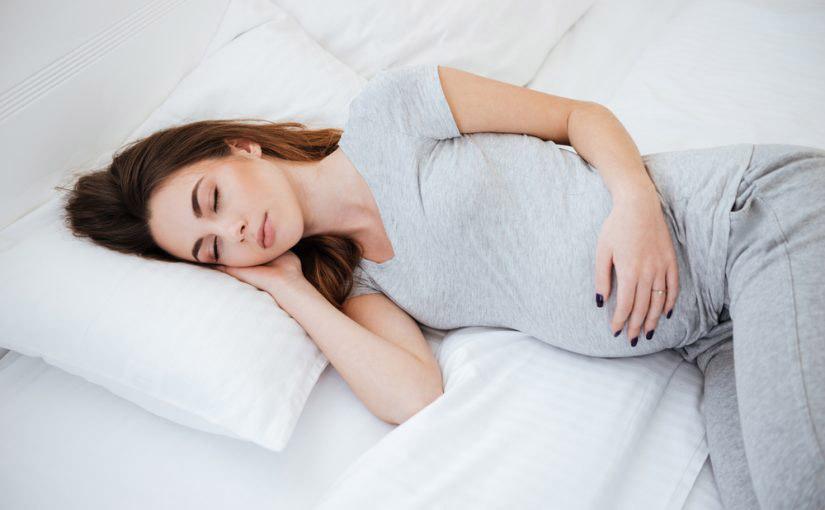Las mejores posturas para dormir durante el embarazo