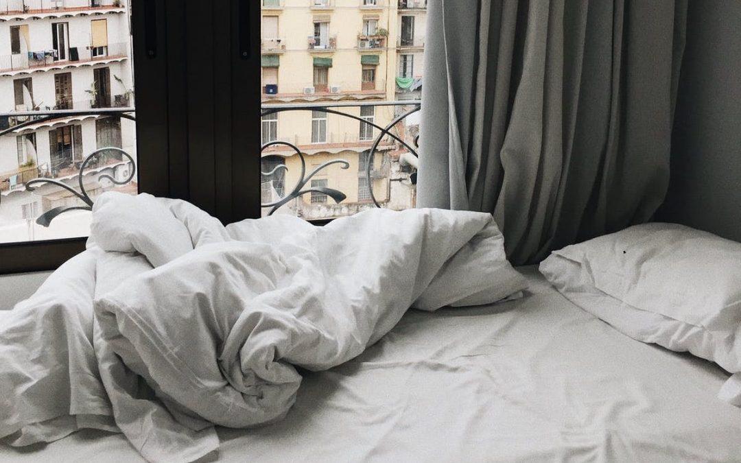 ¿Cómo se hace la cama? Los Pasos a seguir